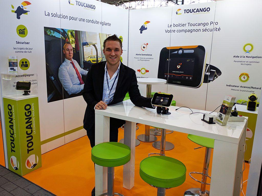 Christophe Bour, commercial junior pour Innov+, au salon AutoCarExpo 2016.